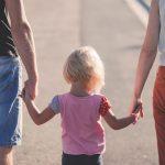 Walka o dziecko: Kiedy rodzice nie mogą  porozumieć się w sprawach dziecka.